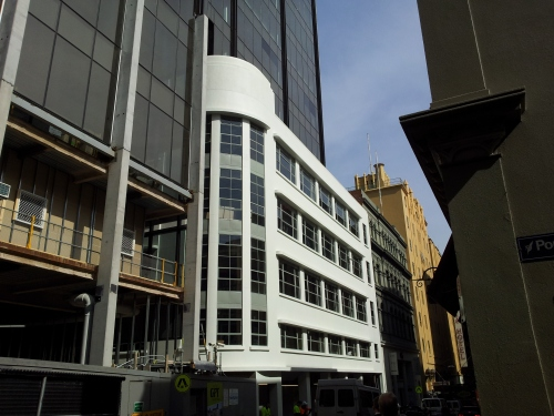 Should facadism like this be allowed?Art Deco carpark facade tacked onto the new Westpac building in Lt Collins St.